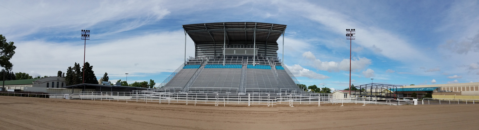 2019_grandstand_pano